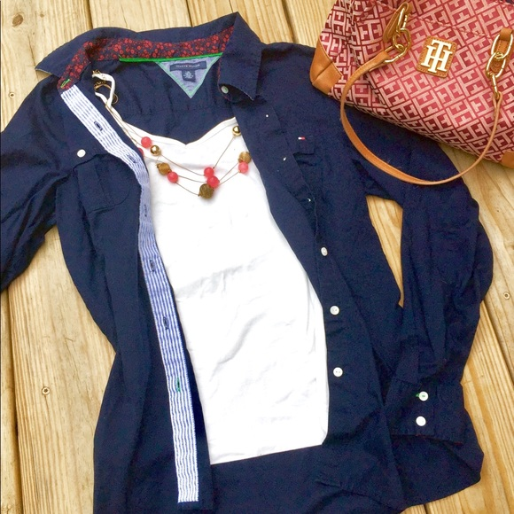 Tommy Hilfiger Tops - 🌻 Tommy Hilfiger Navy Button Down Blouse